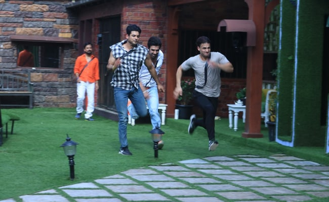 Bigg Boss 13, October 22 Preview: Siddharth Shukla, Paras Chhabra And Others Will Fight To Save Themselves From Nominations