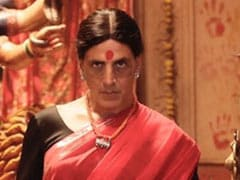 <I>Laxmmi Bomb</i> First Look: Transgender Akshay Kumar's Death Stare Is Beyond Creepy