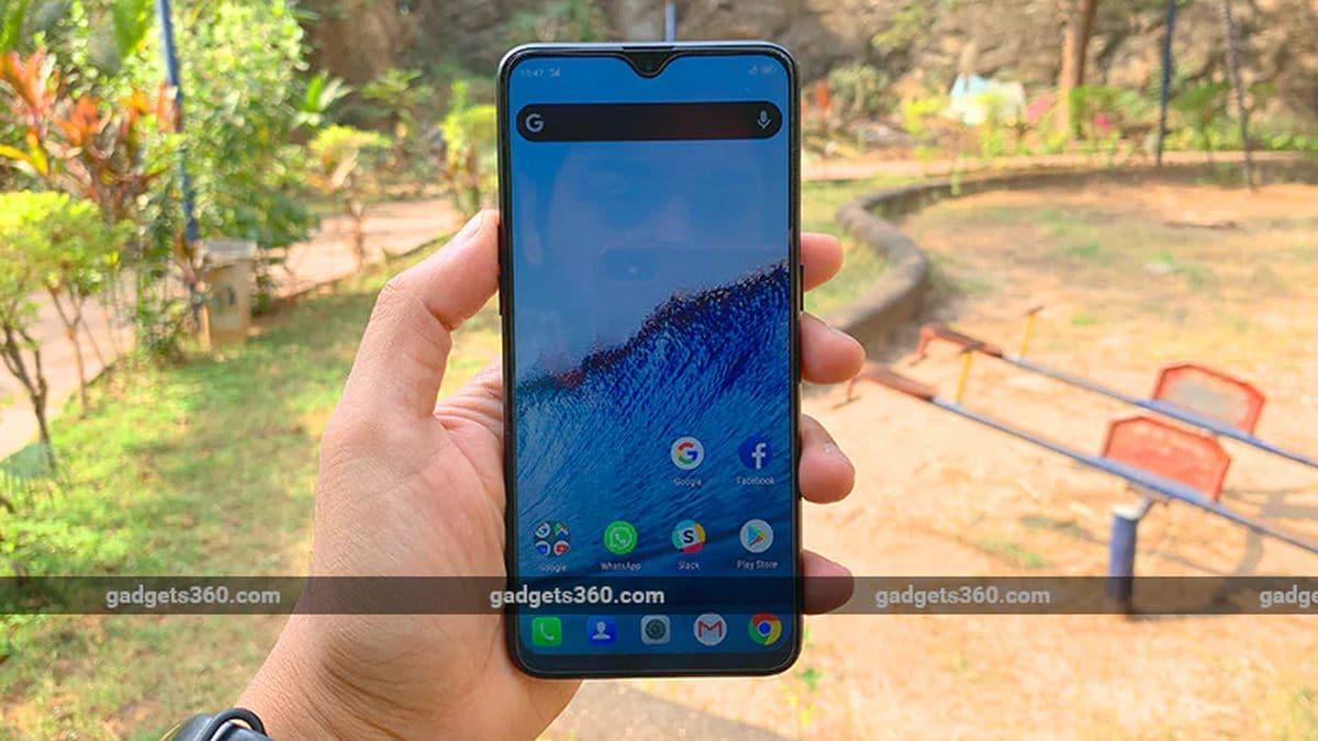 Amazon Sale: इन स्मार्टफोन को डिस्काउंट के साथ खरीदने का आज आखिरी मौका