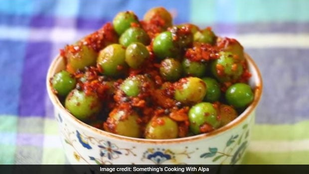 Indian Cooking Tips: Make Instant Karonda Pickle In Just 5 Minutes (Watch Recipe Video)