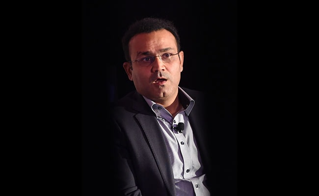 Virender Sehwag Supports Arvind Kejriwal's Campaign For Dengue Fever Prevention: Here's What You Should Do For Dengue Treatment