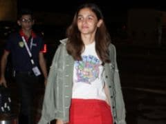 Alia Bhatt Brings Back Colourpop In A Pair Of Bright Red Pants