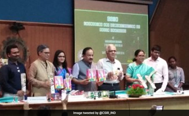 Get Green Crackers With 30% Less Emissions This Diwali: Union Minister