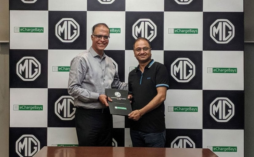 (Left) Rajeev Chaba President & MD, MG Motor India with Rajesh Singh of eChargeBays