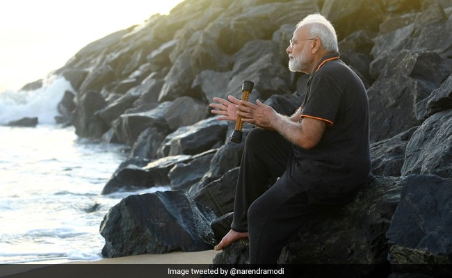 'World Of My Feelings...': PM Writes Poem After Walk At Tamil Nadu Beach