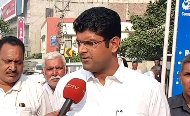 हरियाणा चुनाव परिणाम 2019: कांग्रेस ने समर्थन के लिए किया JJP से संपर्क, डिप्टी CM पद का दिया ऑफर- सूत्र
