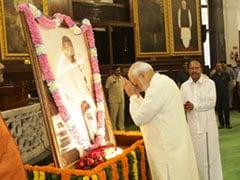 महात्मा गांधी जयंती पर PM मोदी ने New York Times में लिखा लेख, आने वाली पीढ़ियां रखें उन्हें याद, तो दिया 'आईंस्टाइन चैलेंज'