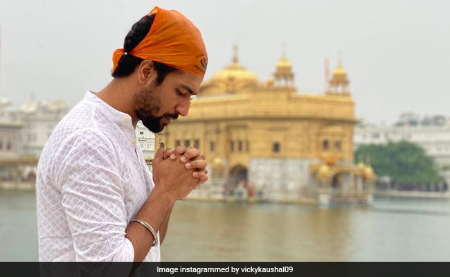 Vicky Kaushal Visits The Golden Temple Before Filming Sardar Udham Singh. See Pic