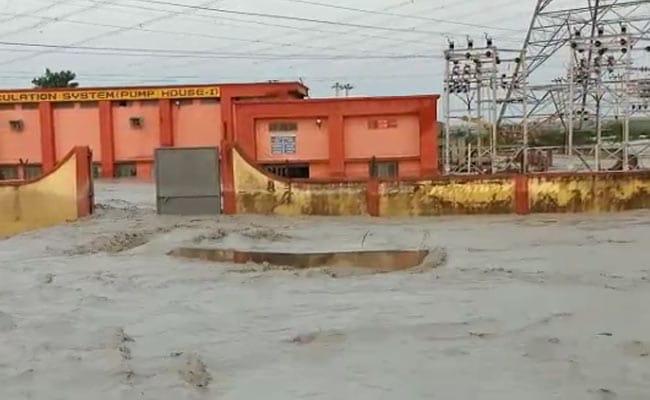 NTPC विंध्याचल का ऐशडैम टूटा, राख मिश्रित पानी की चपेट में आए कई गांव