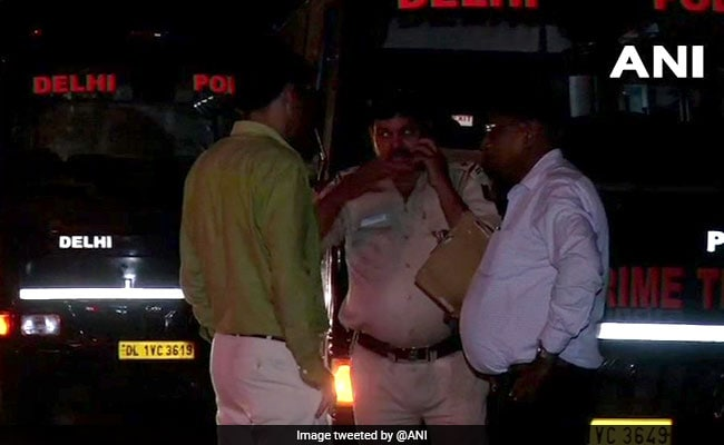 4 Injured After Speeding Delhi Bus Crashes Into 3 Two-Wheelers