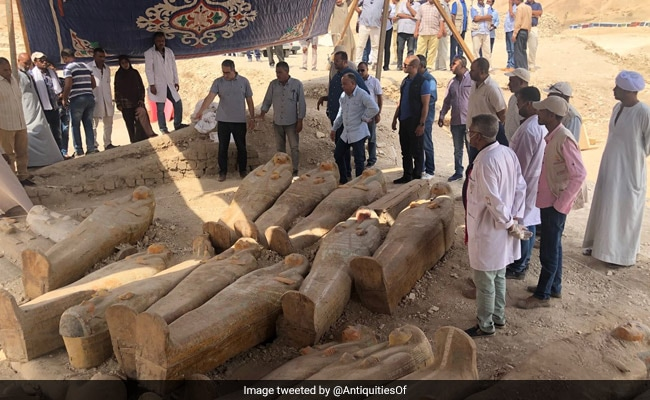 Archaeologists Discover At Least 20 Ancient Coffins in Egypt