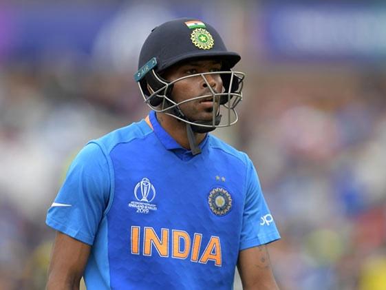 """टीम इंडिया से बाहर चल रहे Hardik Pandya ने की """"मन की बात"""""""