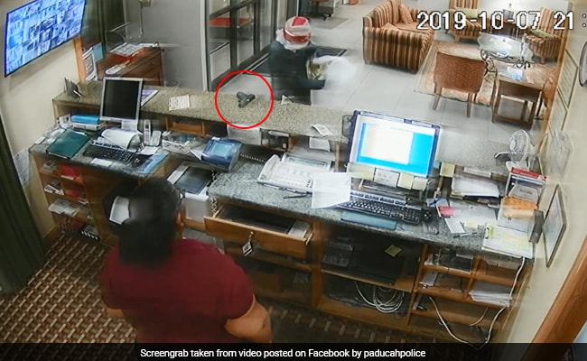 Video: Thief Puts Down Gun Mid-Robbery. Clerk Grabs It, Scares Him Away