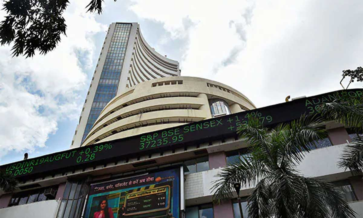 MARKET LIVE: Indices pare some gains; Sensex up 250 pts, Nifty above 12,050