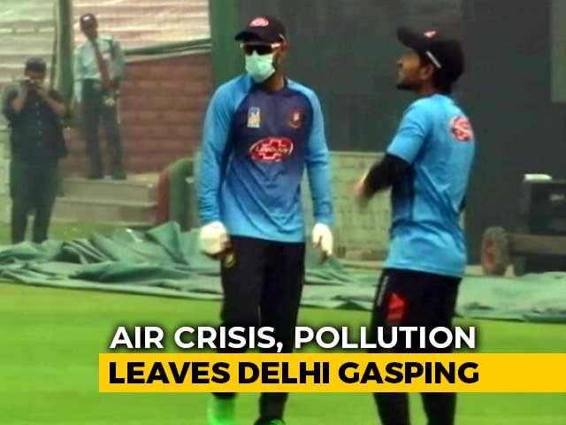 Video : Bangladesh Player Trains With Pollution Mask Ahead Of 1st T20I In Delhi