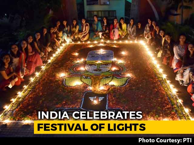 Video : India Celebrates Festival Of Lights