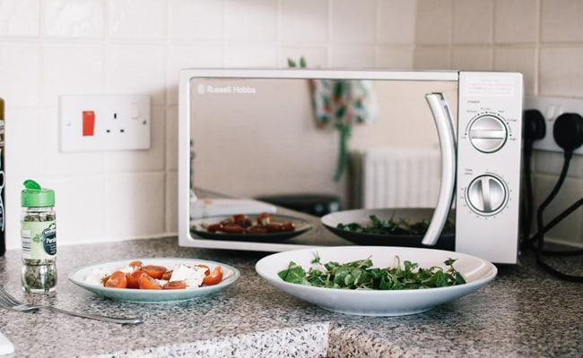 7 Microwave Oven Options Under INR 10000