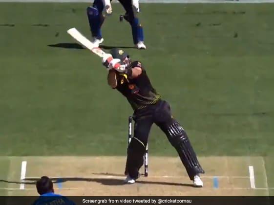 AUS vs SL T20: Glenn Maxwell पर चढ़ा MS Dhoni का