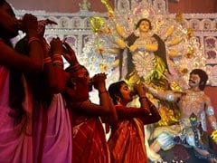Mamata Banerjee's Big Durga Puja Bonus For Clubs, Workers Ahead Of Polls