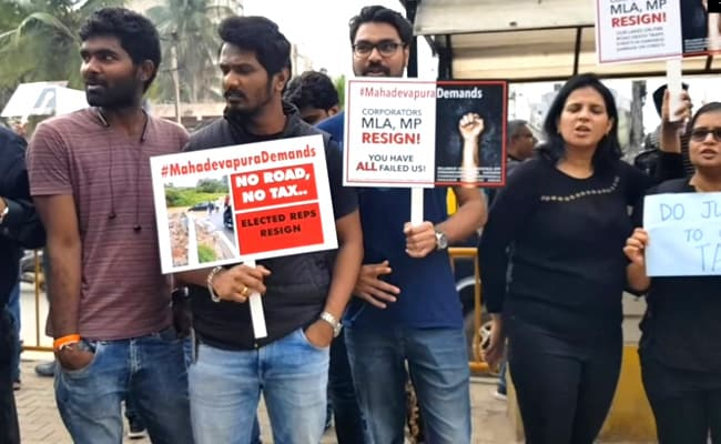 Bengaluru Protesters Want Lawmakers To Quit Over Bad Roads, Infrastructure