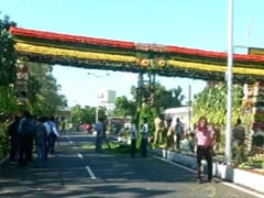 A Welcome Gate For Xi Studded With 18 Types Of Organic Fruits, Vegetables