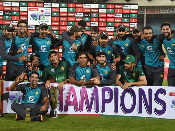 PAK vs SL 3rd ODI: श्रीलंका के गुणतिलका का शतक बेकार, 297 रन का स्कोर चेज करके जीता पाकिस्तान..