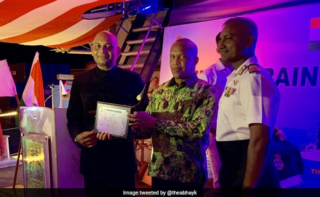 Madagascar's Defence Minister Sings 'Kuch Kuch Hota Hai' For Indian Navy