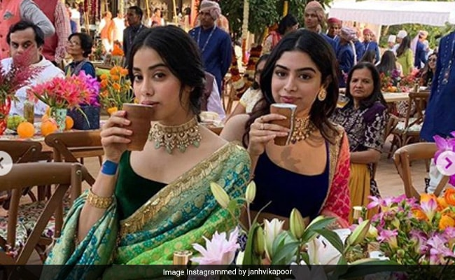 Janhvi Kapoor Enjoys 'Biryani Day' With Friends (See Pics Inside)