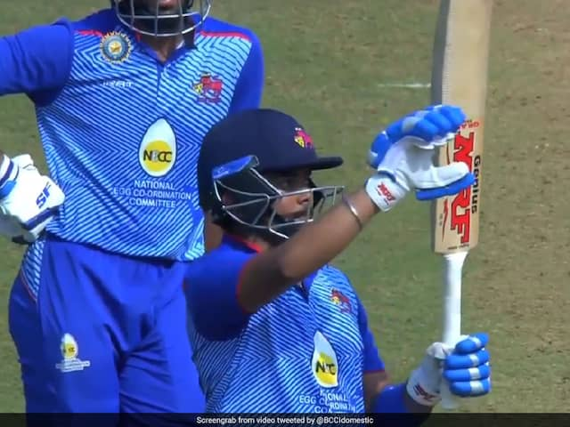"""Syed Mushtaq Ali Trophy: Prithvi Shaw Trolled For """"Over Confident Gesture"""" In Comeback Game. Watch"""