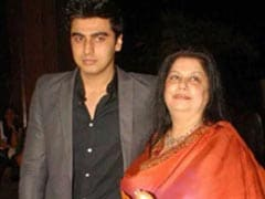 Arjun Kapoor Shares His Old Handwritten Letter To Mom Mona Shourie. It's OK To Cry