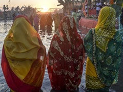 Over 500 Indian-Americans Celebrate Chhath Puja In Washington
