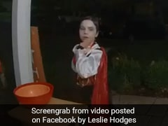 This Boy's Selfless Act On Halloween Is Viral With 19 Million Views