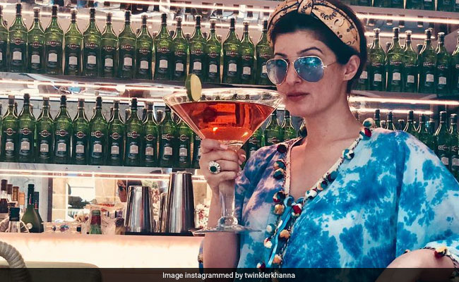 The Drink Twinkle Khanna Wants Vs The One That She Reaches For On A 'Crappy' Wednesday
