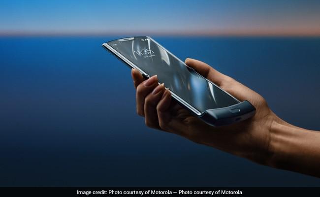 Motorola's Razr Flip Phone Is Back As $1,500 Folding-Screen Smartphone