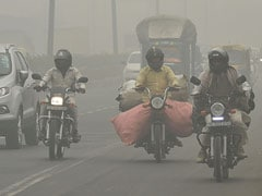 "Cold Wave Grips Delhi; Air Quality Slips To ""Very poor"" Category"