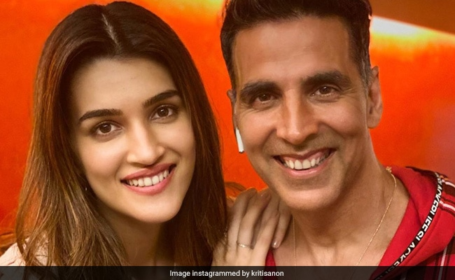 Bachchan Pandey: Kriti Sanon To Co-Star With Akshay Kumar In The Film