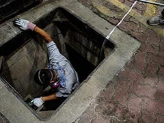Desperate Hong Kong Protesters Use Sewers To Escape Police Siege