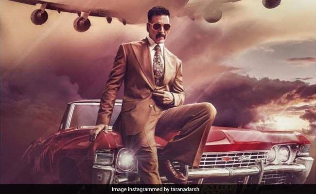 Trending: The Internet Loves Akshay Kumar's Bell Bottom Look