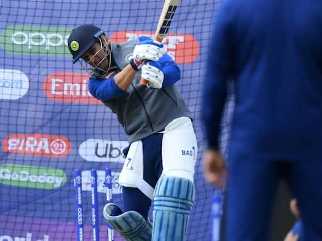 MS Dhonis Net Session In Ranchi Fuels Comeback Rumours. Watch