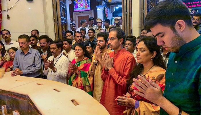 After Oath, Uddhav Thackaray, Family Pray At Mumbai's Siddhivinayak Temple