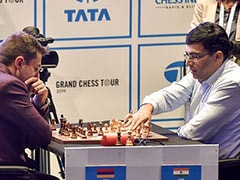 Viswanathan Anand Falls Further Behind As Magnus Carlsen Extends Lead