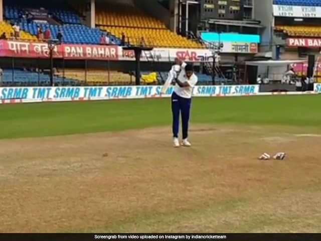 Ravichandran Ashwin Wows Fans With His Left-Handed Batting Skills. Watch Video