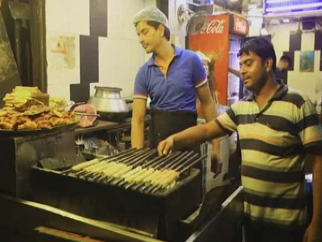 Video : Street Food, Popular But Is It safe, Nutritous And Hygienic?