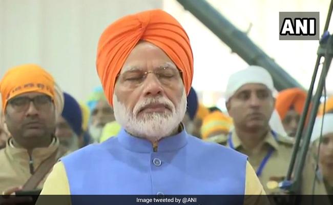 PM Modi Arrives At Dera Baba Nanak For Kartarpur Corridor Inauguration, Meets Parkash Singh Badal