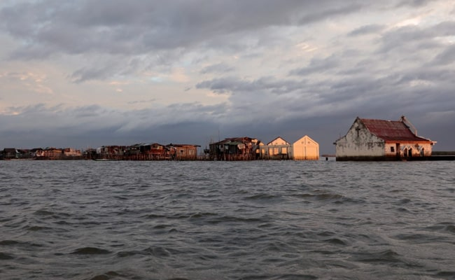 Sinking Philippines Village Will Soon Disappear Due To Rising Sea Levels