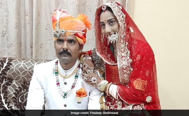 दहेज के 11 लाख रुपये लौटाने वाले CISF जवान की खूबसूरत Wedding Photos वायरल