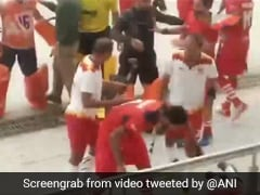 Nehru Cup Finals: Brawl Breaks Out Between Teams During Hockey Match. Watch
