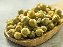 Weight Loss Tips: This Low-Calorie High-Protein Roasted Peas (Matar) Chaat May Help You Shed Kilos