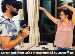 Hazel Keech Hilariously Mimics Yuvraj Singh's Virtual Reality Gaming Session Moves. Watch