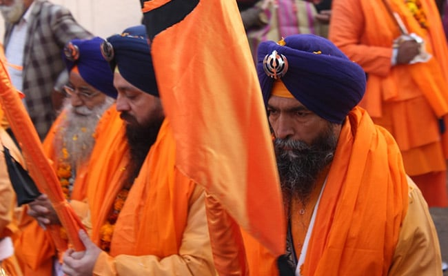 Guru Nanak: Sikh founder's 550th birthday celebrated
